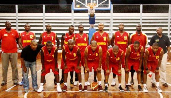 BASQUETEBOL - Moçambique 105 Botswana 19.este foi o primeiro jogo de moçambique para fase de apuramento para o africano  deste ano,e o segundo jogo da seleção de moçambique sera amanha as 18horas contra a seleção da Zambia. em Mocambique  segunda 18 de fevereiro de 2013. (ASF/SERGIO COSTA )