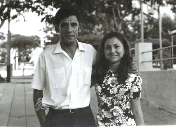 Lourenço Marques 1971 - eu e Lena no namorico
