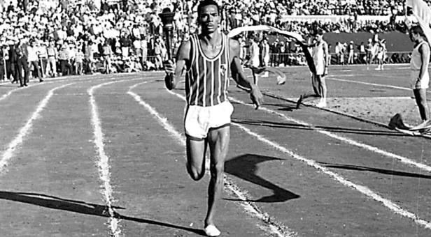 ADIVINHA QUEM SÃO! – Um ídolo do atletismo moçambicano...