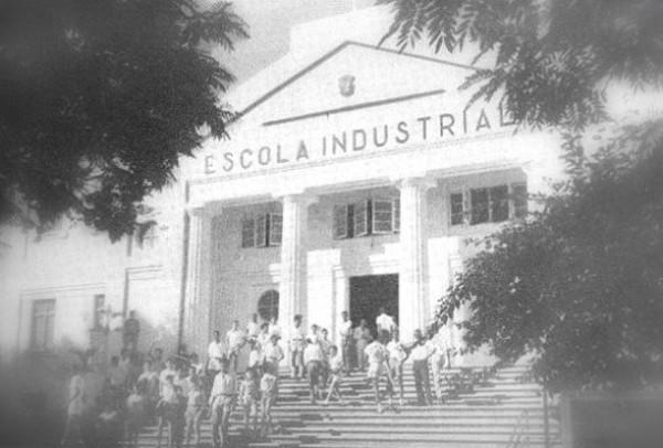 escola-industrial-de-lm