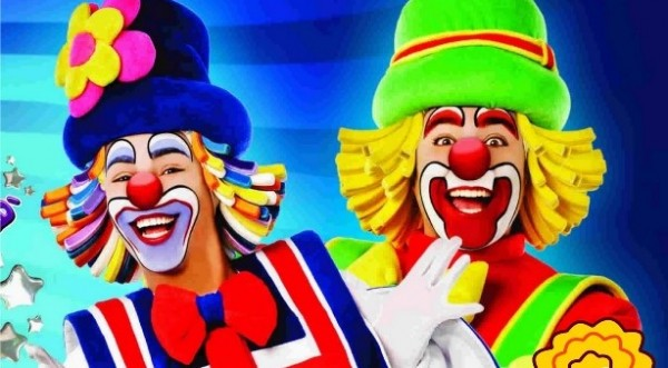 O Circo Funambulesco de Brincar às Escolas -