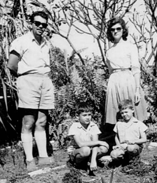 02-1961 - pais do Victor e Luis Fernando - Cópia
