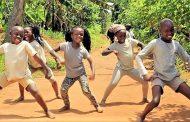 África, a dança e a música está-lhes no sangue...